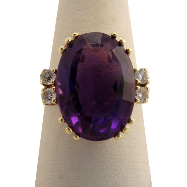 Vintage 14k Yellow Gold Amethyst and Diamond Ring