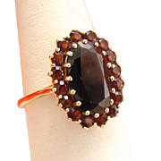 Antique 10k Gold Garnet Ring