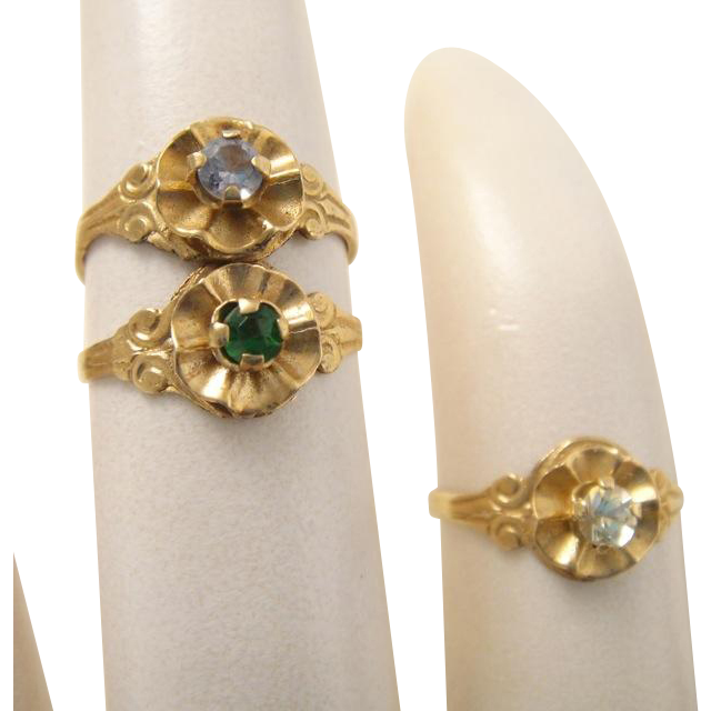 Vintage 10k Gold Gemstone Mid Digit or Childs Ring
