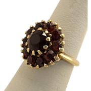 Vintage 10K Yellow Gold and Bohemian Garnet Ring