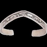 Vintage Handmade Navajo Sterling Silver Storyteller Bracelet Gene Gibson Signed