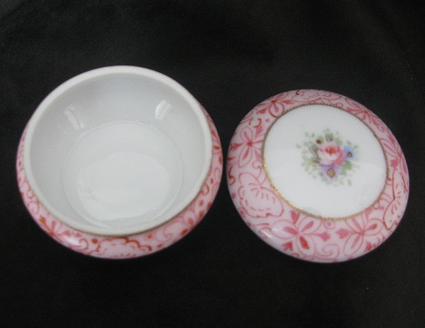 Superb Vintage Noritake Rose 2 Piece Dresser/ Ring Dish Handpainted