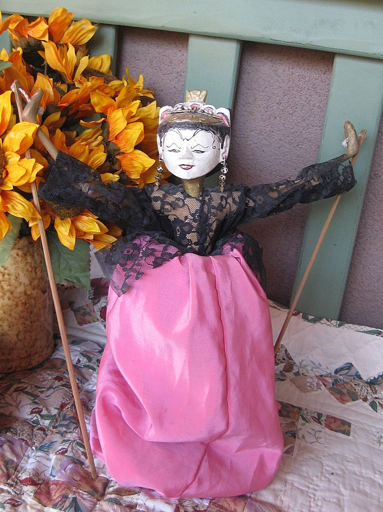 Rare Bali Hand Carved Wooden Doll Puppet, Amazing!