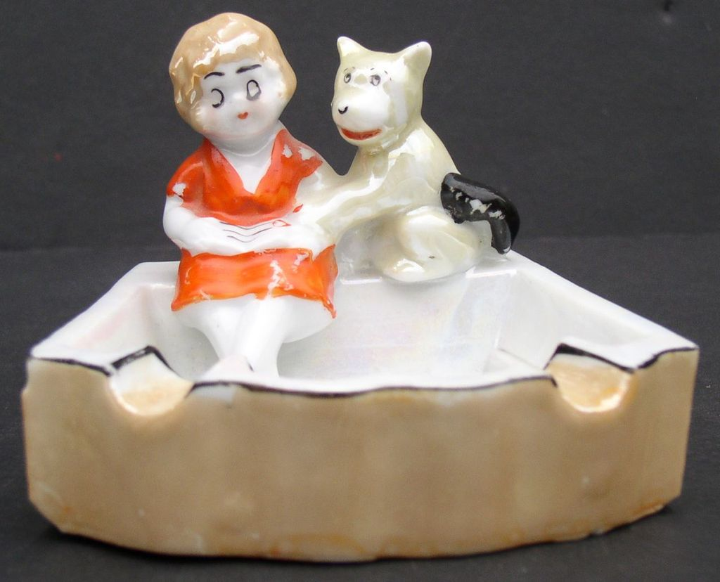 Little Orphan Annie 1930's Lustre Ware Ashtray Nice!