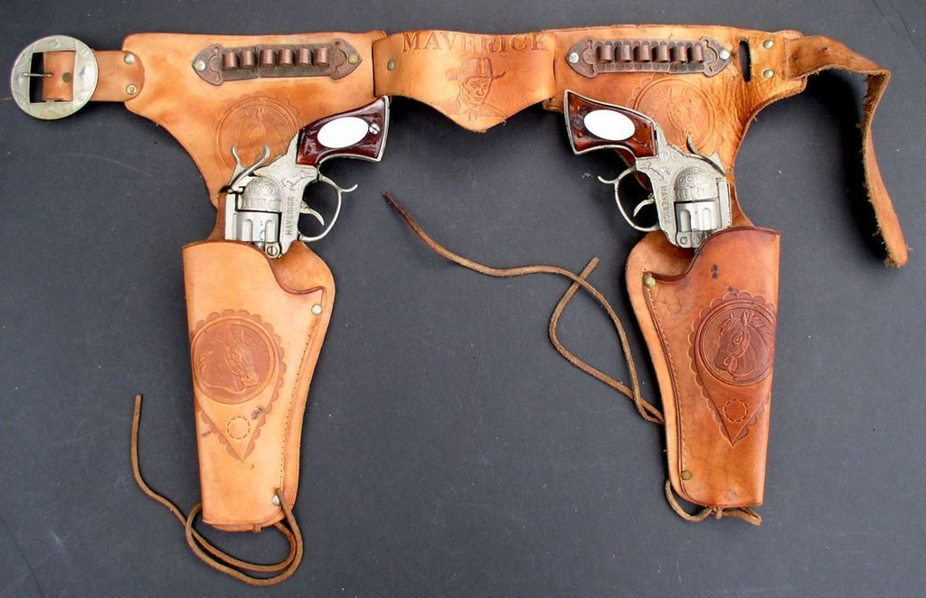 Maverick 1958 TV Show Matched Pair of Cap Guns + Original Holster