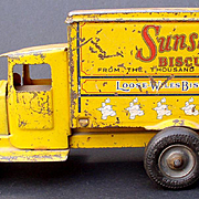 "Metal Masters 1932 ""Sunshine Biscuits"" pressed steel Truck"