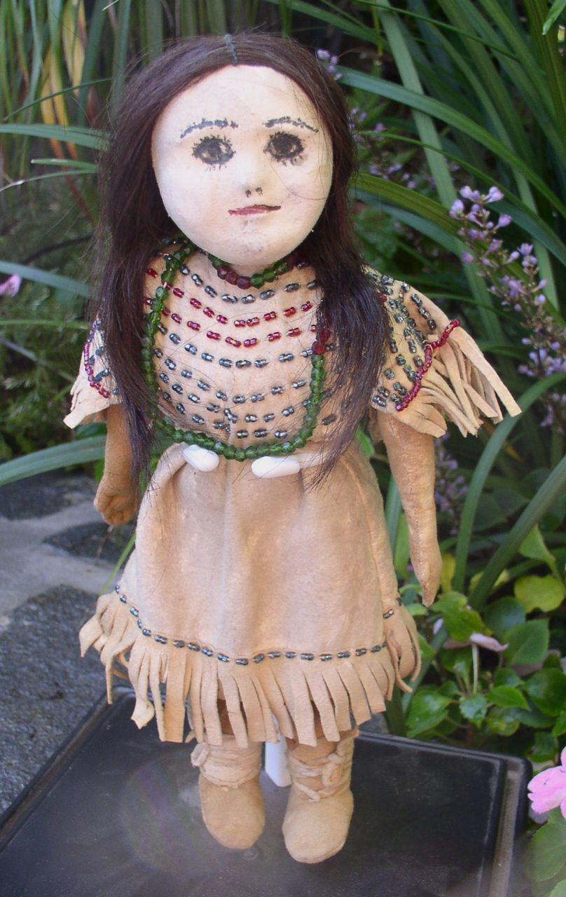 1860s - 1890s Superb Native American Sioux Indian Doll