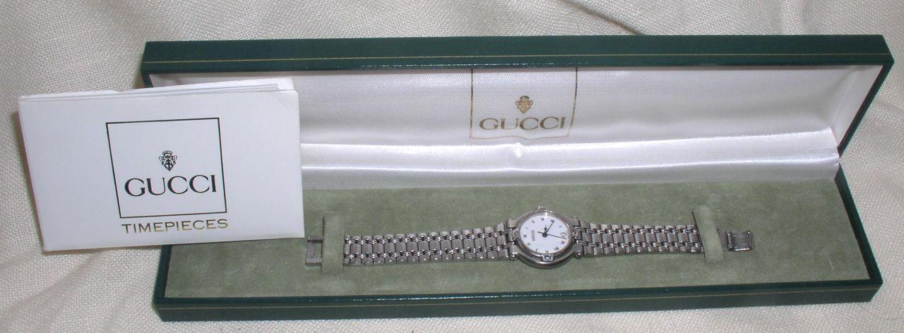 Vintage 1990s Stainless Steel GUCCI Ladies Watch with Box