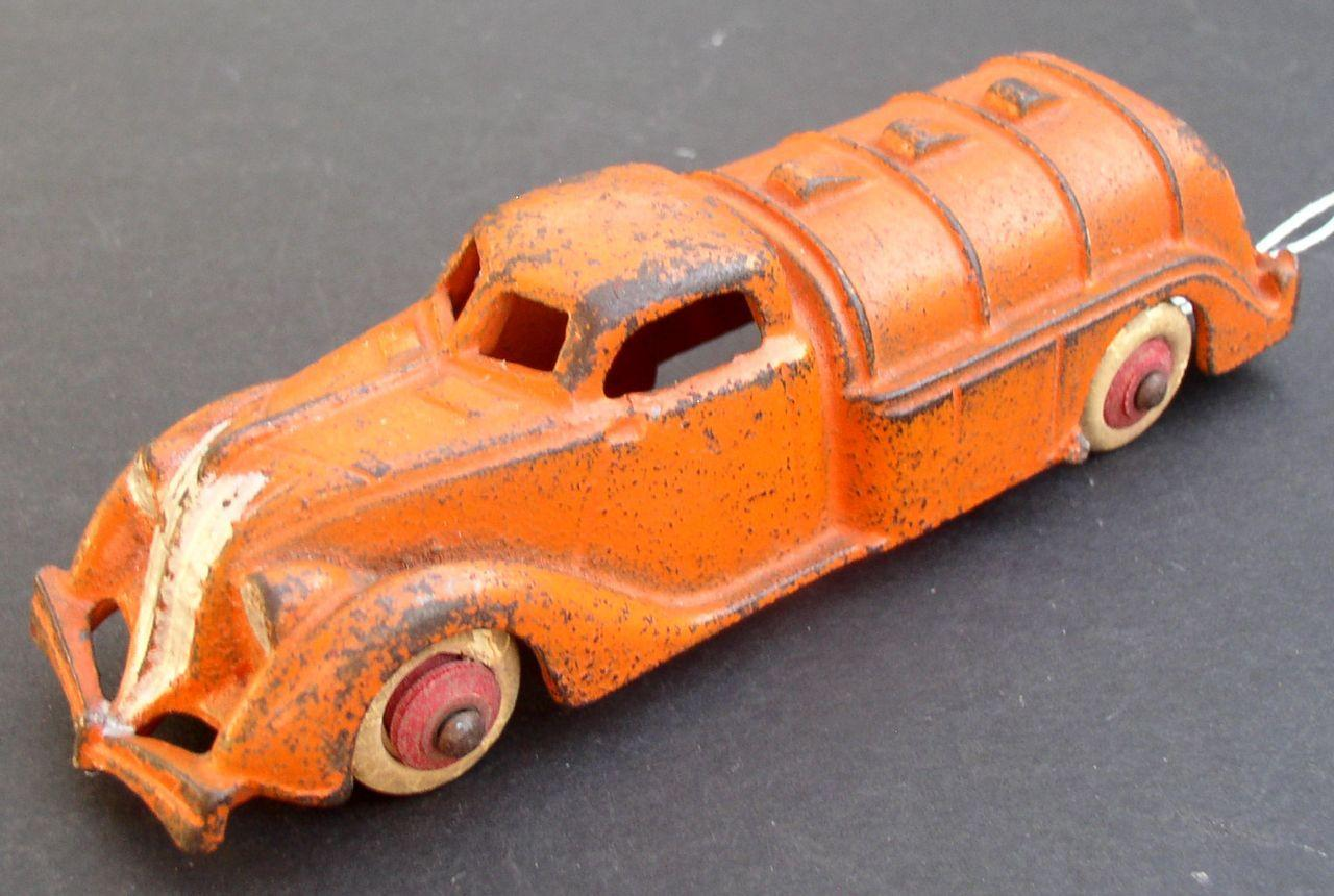 "Hubley Tanker Truck 5-1/2"" long 1930's Pre-War Cast Iron  Great condition!"
