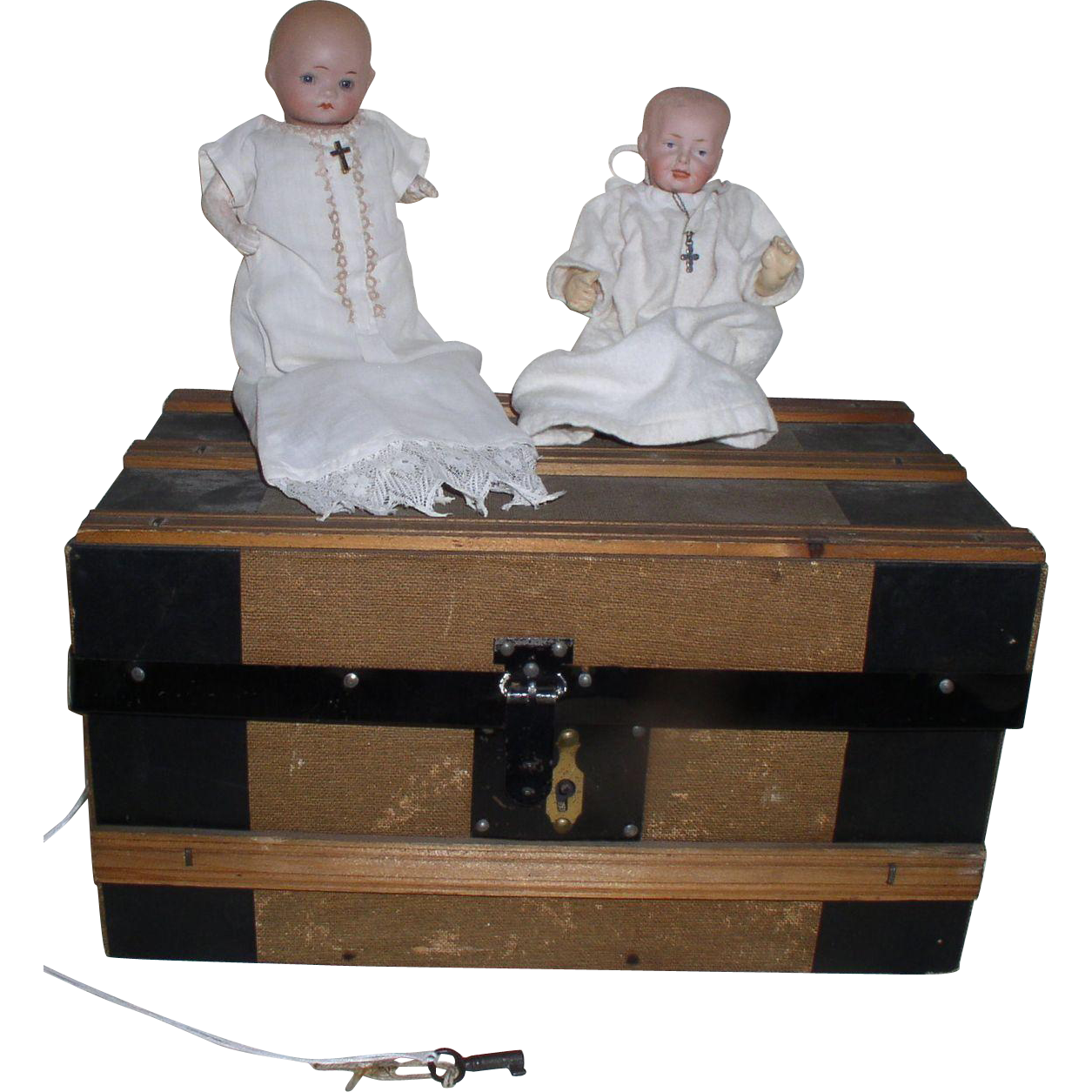 """Antique 1900s TWO Germany 6"""" Dolls and an Antique Doll Trunk"""