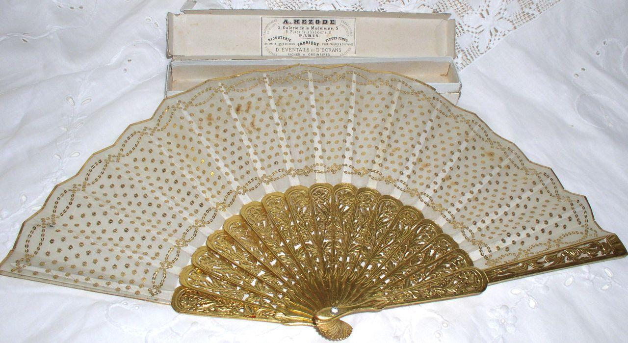 Antique 19th Centurey French Silk Hand Fan with ORG Box