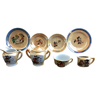 Mickey Mouse 1930's Lustre Ware Tea Set Excellent condition!