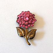 Pretty Vintage Pink Rhinestone Flower Pin Brooch