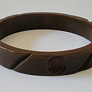 1930's Carved Milk Chocolate BAKELITE Bracelet