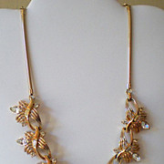 Gorgeous Vintage Signed Coro Necklace