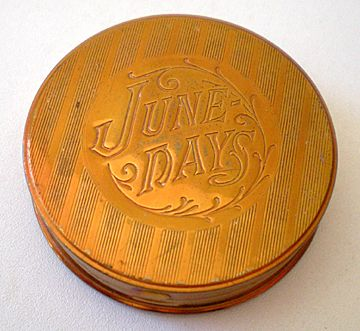 """Vintage """"June Days"""" """"Night Fall"""" Compact Rouge Pot"""
