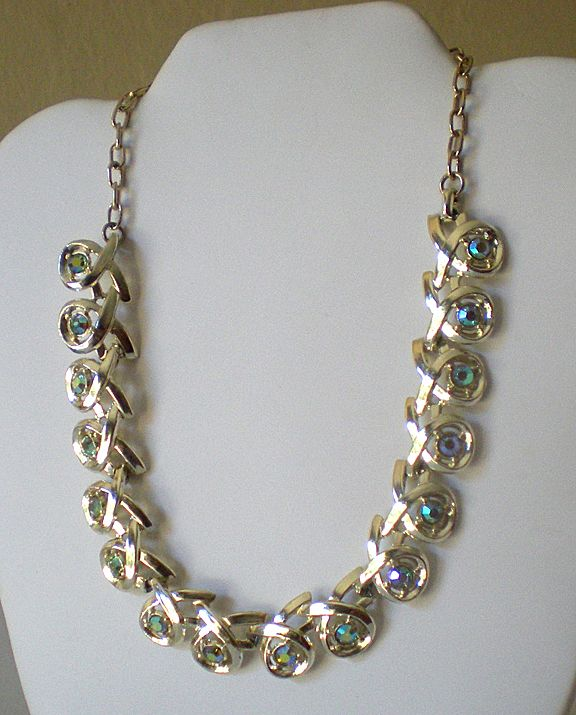 Flashy Vintage Necklace