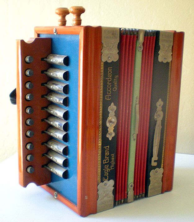 1920's Small Size Accordion Accordeon Eagle Made in Germany