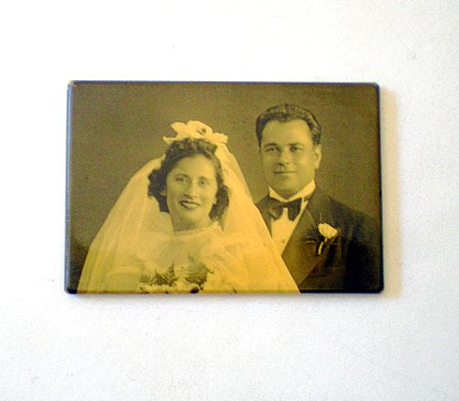Vintage Pocket Mirror Wedding Bride and Groom