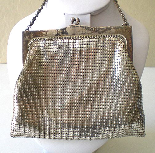 Vintage Whiting And Davis Silver Mesh Purse From