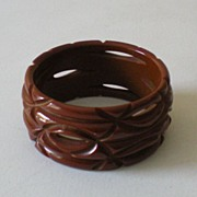 HUGE Deeply Carved 1930s BAKELITE Bracelet