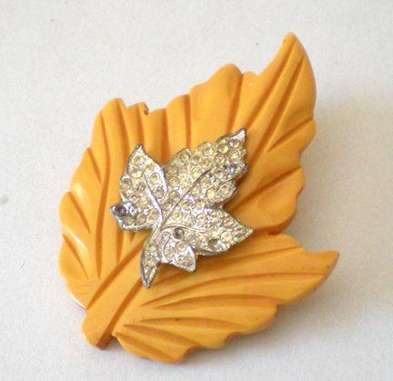 Large Butterscotch BAKELITE Carved Leaf Brooch With Rhinestones