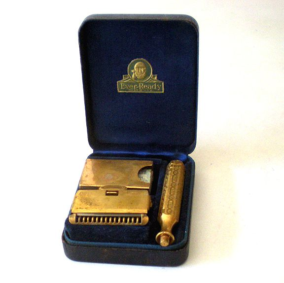 1930s Ever Ready Travel Razor In Case With Blades
