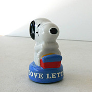 1970s Ceramic Snoopy Paper Weight