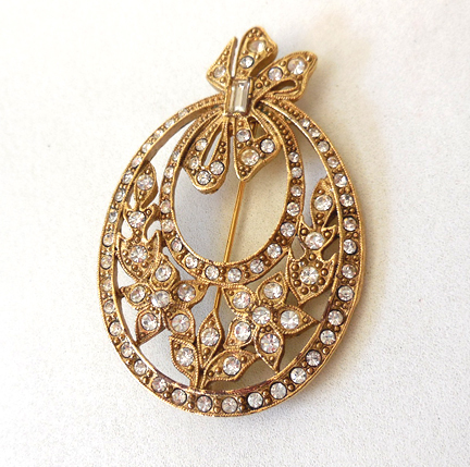 Large Victorian Style Brooch Rhinestones