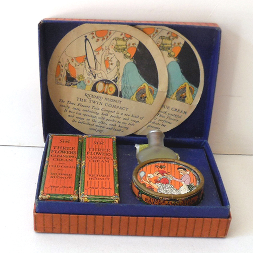 1915 Three Flowers Travel Size Boxed Set Richard Hudnut