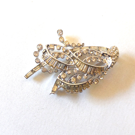 Lovely Vintage Sterling Silver and Rhinestones Brooch