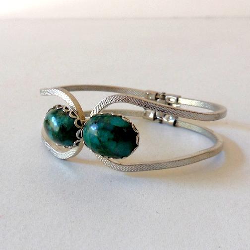 Vintage Clamper Bracelet Silver & Green Stones