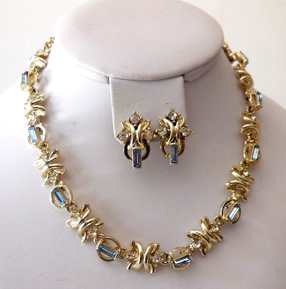 Vintage Signed Duane Necklace and Earrings Set
