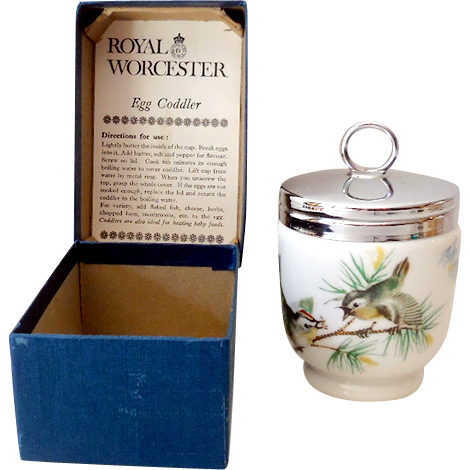 Vintage Porcelain Egg Coddler In Original Box Made in England