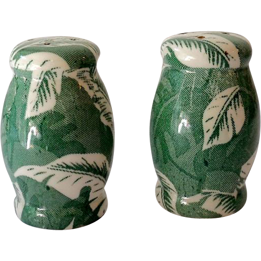 RARE Wallace China Restaurantware Salt & Pepper Shakers Green Shadowleaf