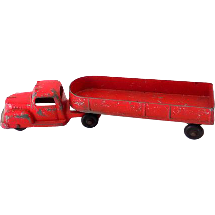 Die Cast Metal Tootsietoy Mac Truck and Trailer 1940s-1950s