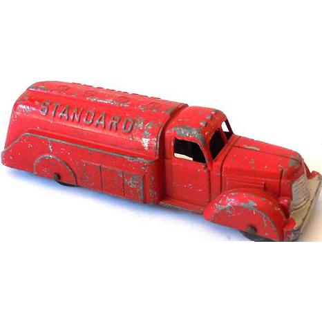 1940s Diecast Metal Tootsietoy Tanker Truck 2 Tone Standard Oil