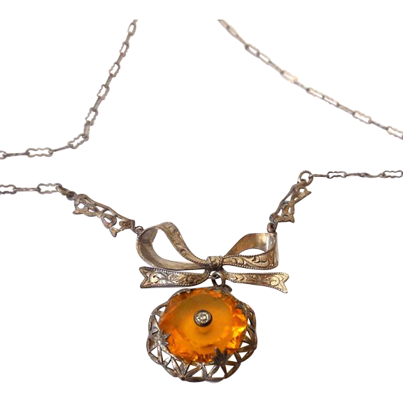 1920s-30s Necklace With Fancy Sterling Silver Chain (Bow Pendant)
