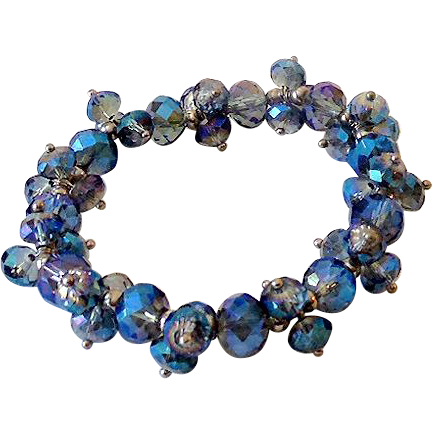 Vintage Stretch Bracelet With Glass Beads Shades of Blue