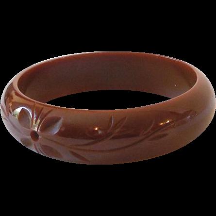 Wide Chunky Carved 1930s Bakelite Bracelet