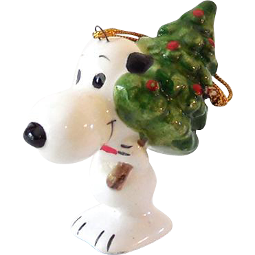 Peanuts Gang Snoopy with Christmas Tree Ceramic Ornament Japan