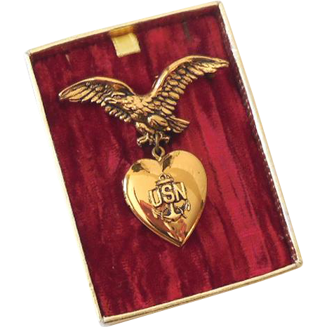 Signed Coro Sweetheart Locket Brooch in Red Velvet Presentation