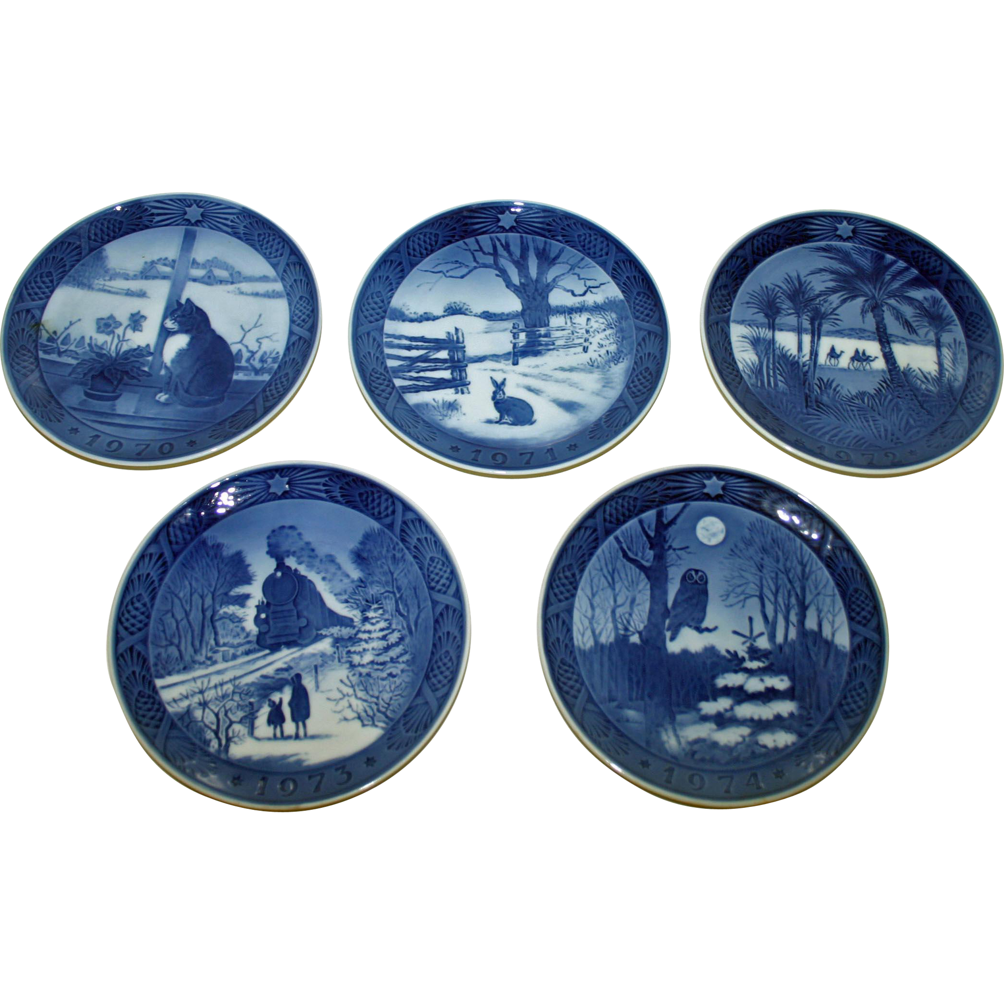 Items Similar To Vintage Santa S Workbench Dickens Choir: 5 Royal Copenhagen Vintage Christmas Plates SOLD On Ruby Lane