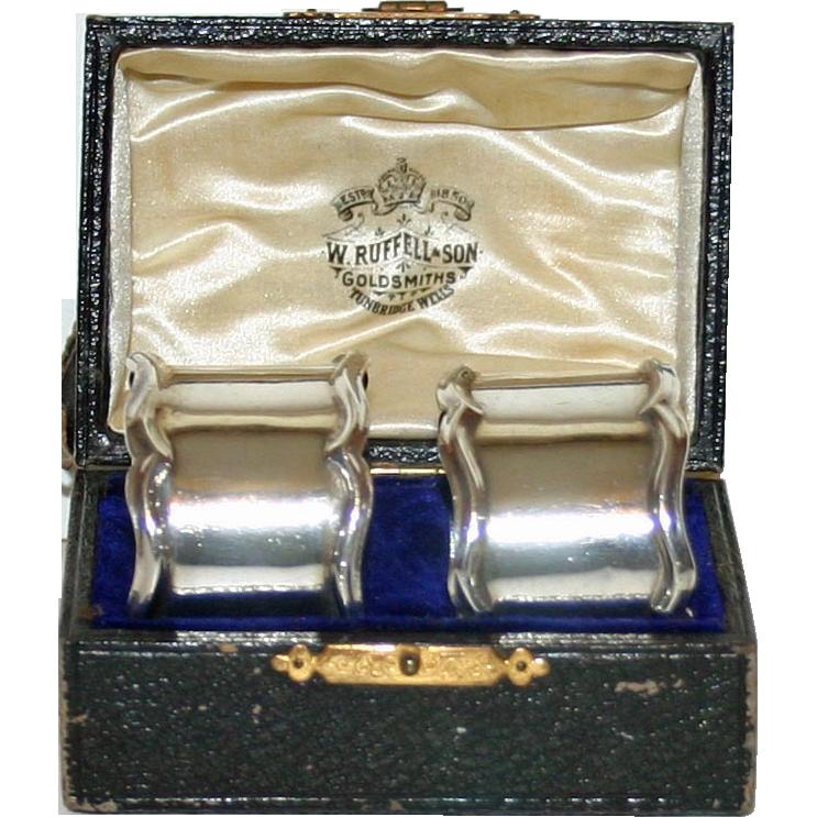 Pair Hallmarked Sterling English Napkin Rings in Original Box