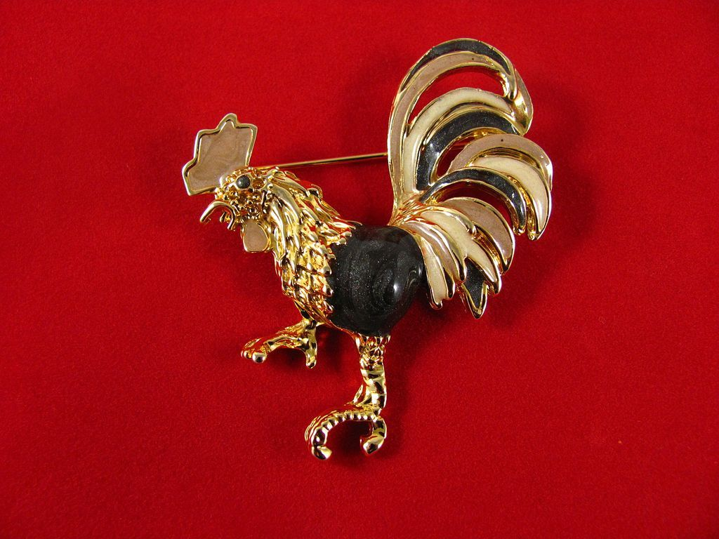 Superb Figural Rooster Enameled Brooch Pin