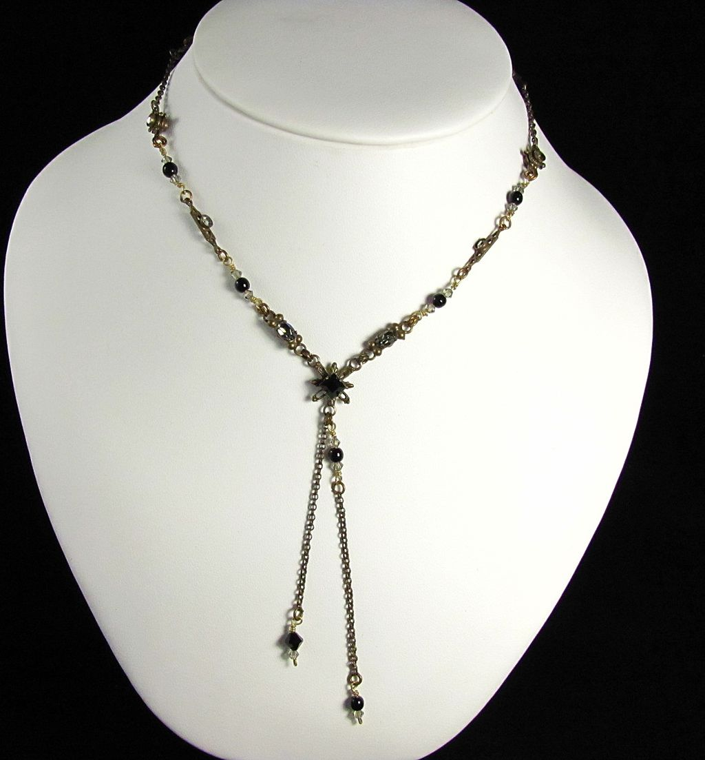 Vintage Sorrelli Necklace with Dangles
