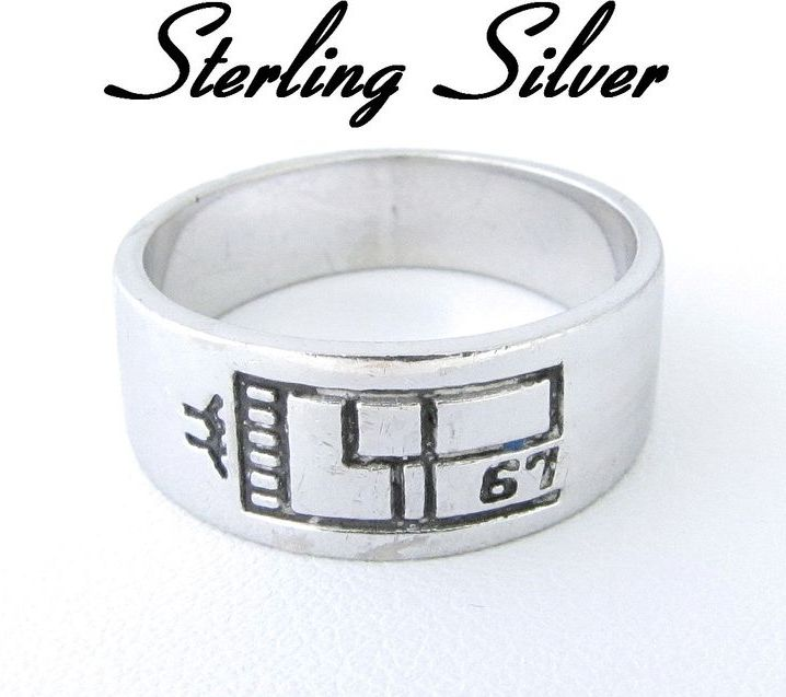 Vintage Sterling Silver Band Ring Size 9.5