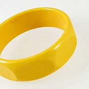 Faceted Butterscotch Wide Lucite Bangle Bracelet