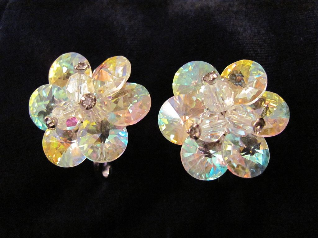 Superb Aurora Borealis Crystal Earrings