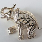 Lovely Sarah Coventry Gold Tone Elephant Brooch Pin